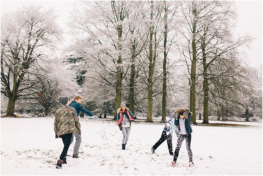 1/2 Day-in-the-life | Snowball fight | St Albans documentary family photographer